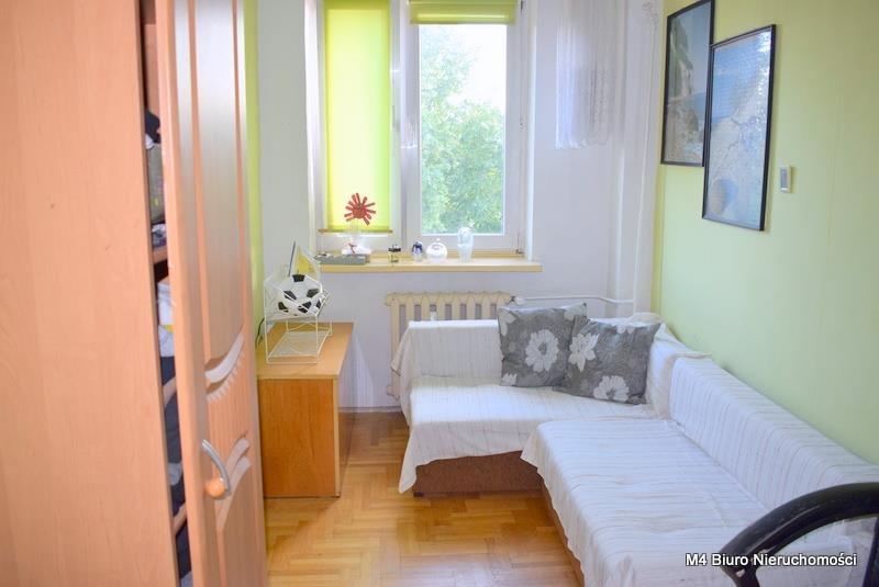 Mieszkanie czteropokojowe  na sprzedaż Krosno  62m2 Foto 9