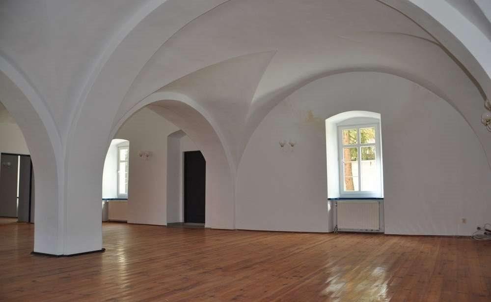 Dom na wynajem Wrocław, Fabryczna, 10 km od Leśnicy  800m2 Foto 2