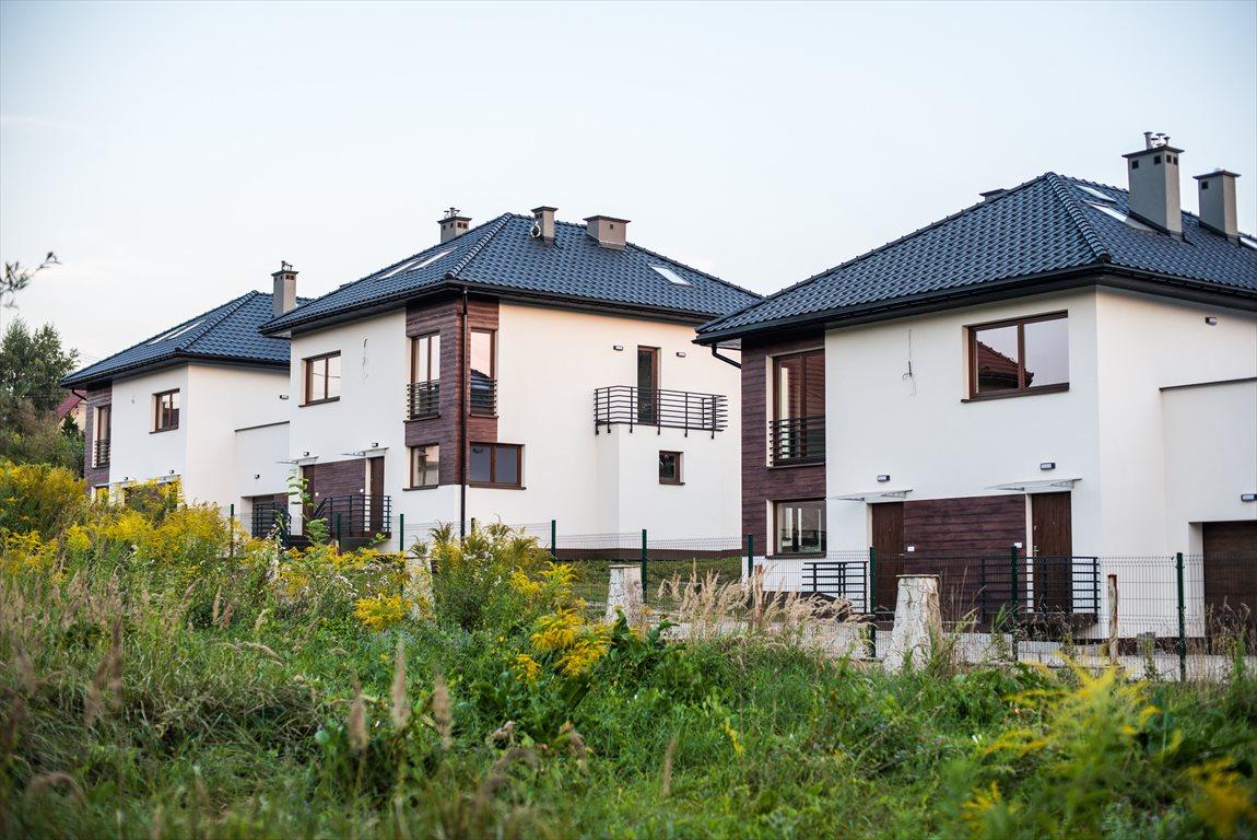 Mieszkanie czteropokojowe  na sprzedaż Krzeszowice, Majowa  125m2 Foto 1