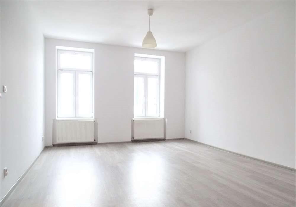 Mieszkanie trzypokojowe na sprzedaż Bytom, centrun, Katowicka  65m2 Foto 1