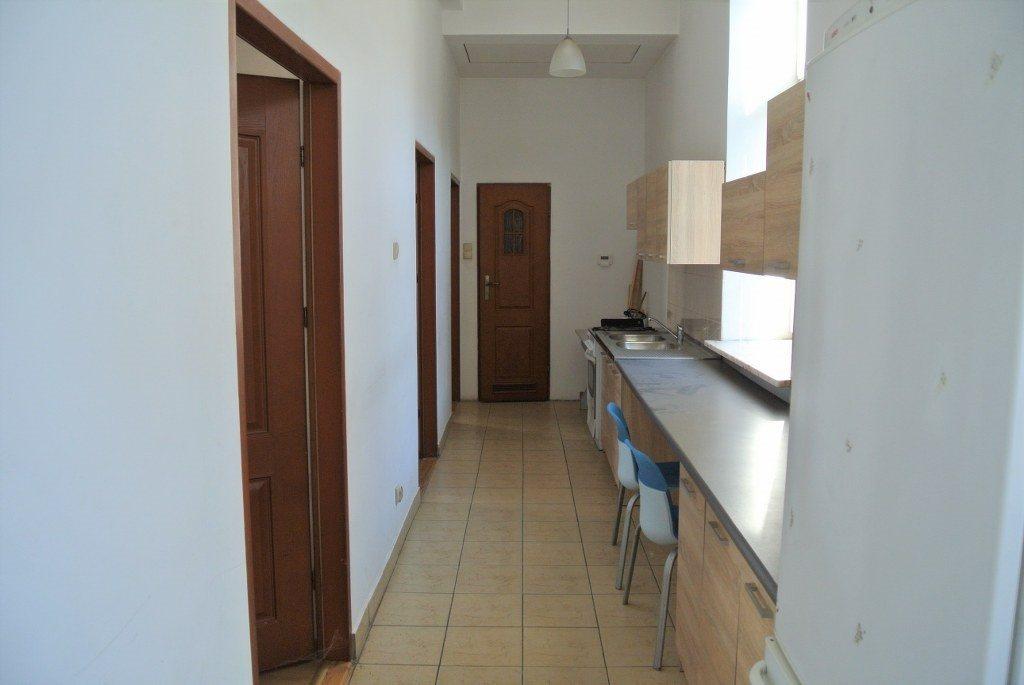 Mieszkanie czteropokojowe  na wynajem Kielce, Centrum  65m2 Foto 1