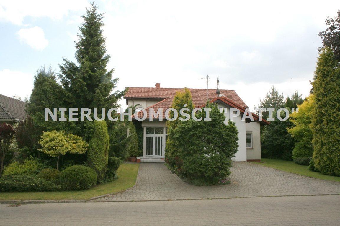 Dom na sprzedaż Chyby  227m2 Foto 1
