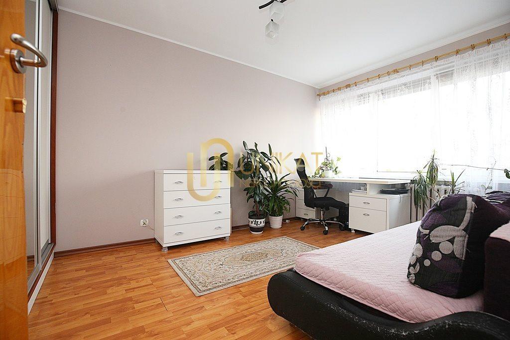 Mieszkanie czteropokojowe  na sprzedaż Białystok, Antoniuk, Władysława Broniewskiego  63m2 Foto 12