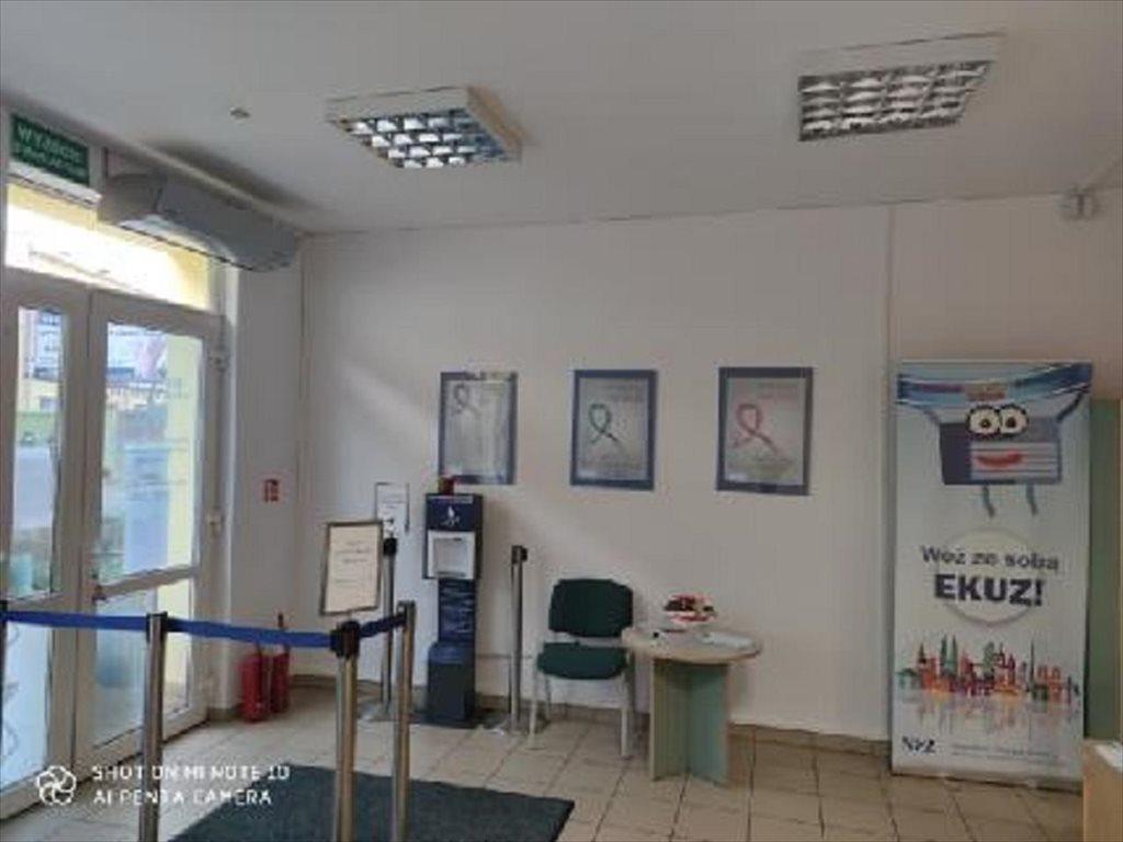 Lokal użytkowy na sprzedaż Kłodzko, Kłodzko  57m2 Foto 1