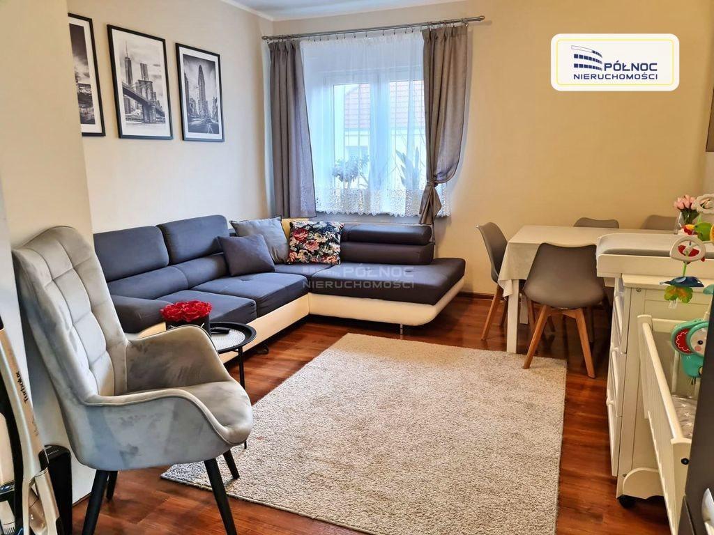 Mieszkanie dwupokojowe na sprzedaż Bolesławiec  49m2 Foto 1