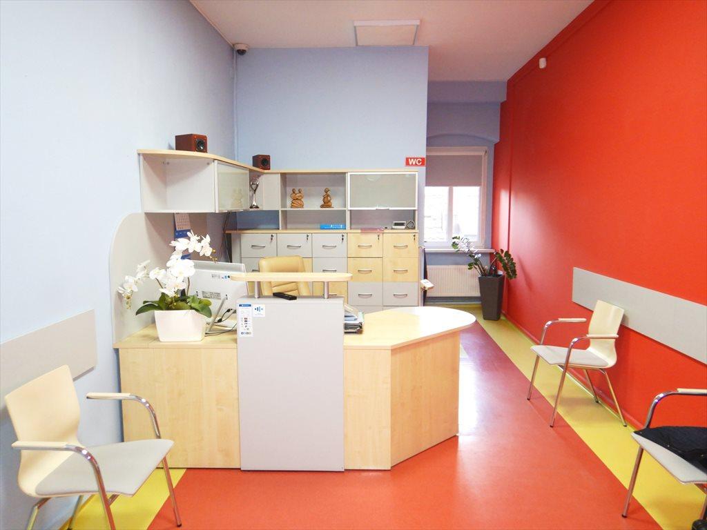 Lokal użytkowy na sprzedaż Lubań, Plac Okrzei  95m2 Foto 1