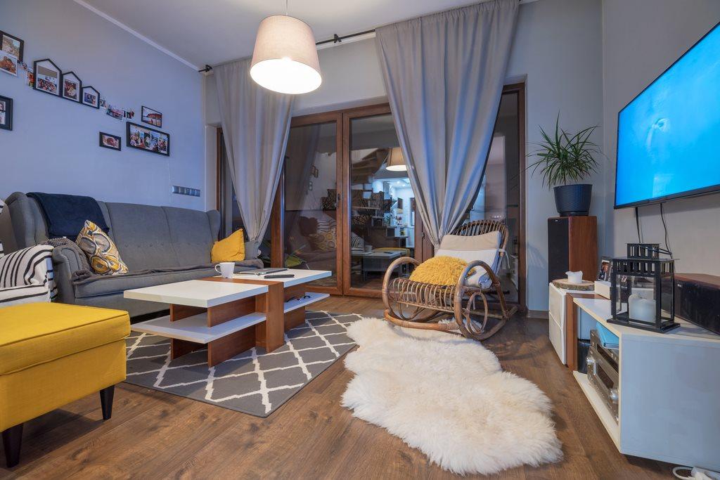 Mieszkanie trzypokojowe na sprzedaż Wiry, Poznańska  101m2 Foto 2