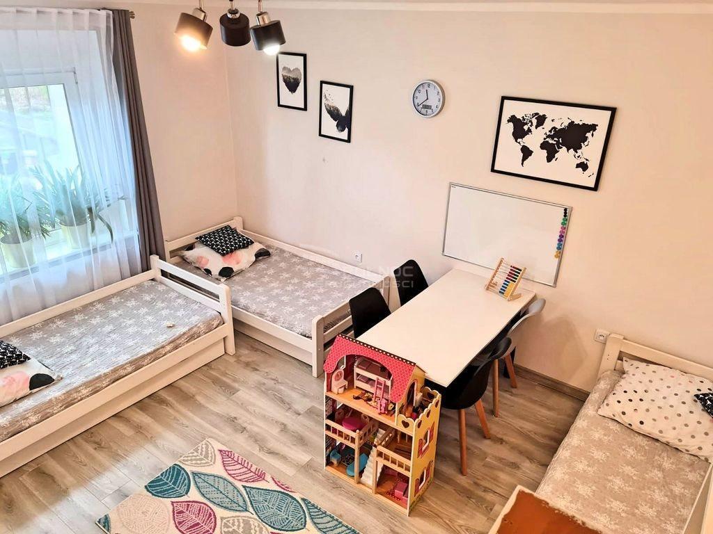 Mieszkanie dwupokojowe na sprzedaż Bolesławiec  49m2 Foto 3