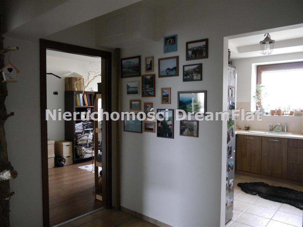 Mieszkanie trzypokojowe na sprzedaż Starachowice  70m2 Foto 9