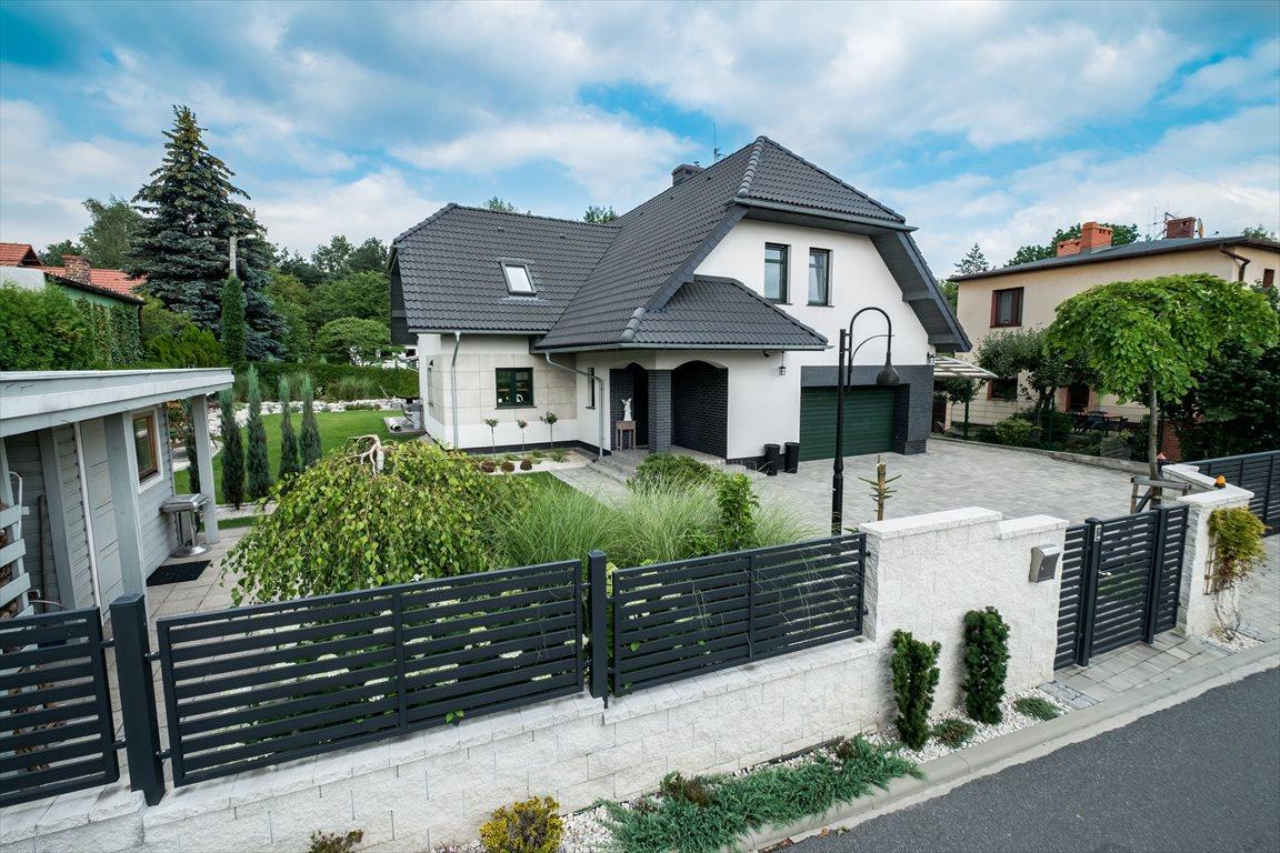 Dom na sprzedaż Katowice, Kostuchna, Armii Krajowej  274m2 Foto 1