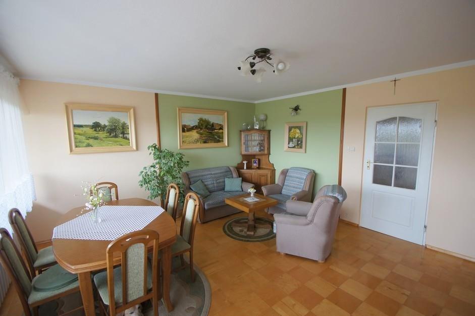 Mieszkanie czteropokojowe  na sprzedaż Bystry  72m2 Foto 1