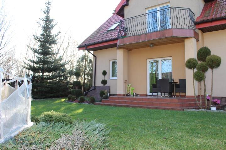 Dom na sprzedaż Błonie  192m2 Foto 1