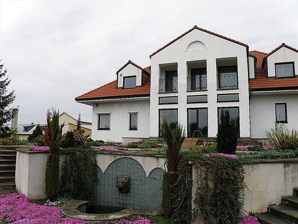 Dom na sprzedaż Łazy  900m2 Foto 8