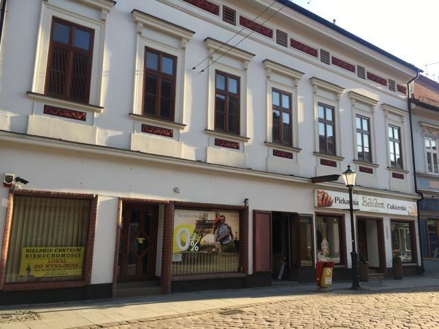 Lokal użytkowy na sprzedaż Bielsko-Biała  900m2 Foto 1