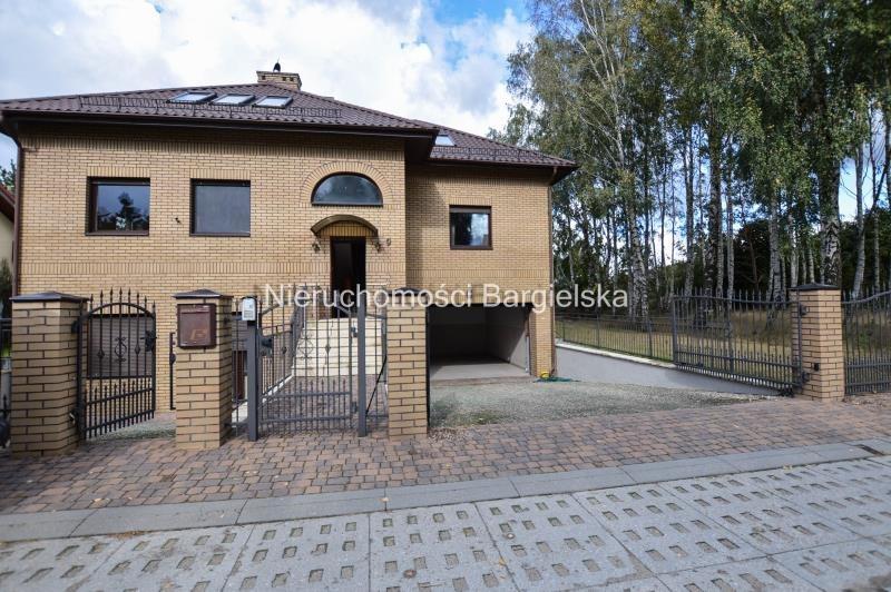 Dom na sprzedaż Chwaszczyno, Domków Jednorodzinnych, domków jednorodzinnych, Centrum Chwaszczyna  340m2 Foto 2