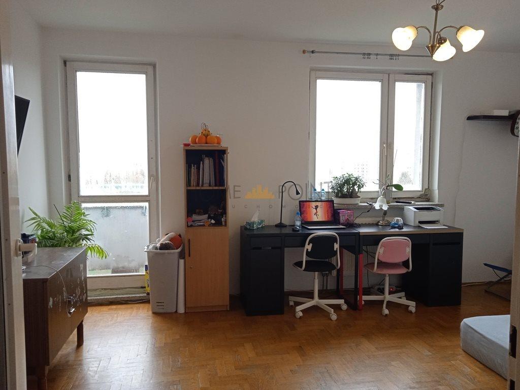 Mieszkanie dwupokojowe na sprzedaż Warszawa, Włochy, 1 Sierpnia  64m2 Foto 2