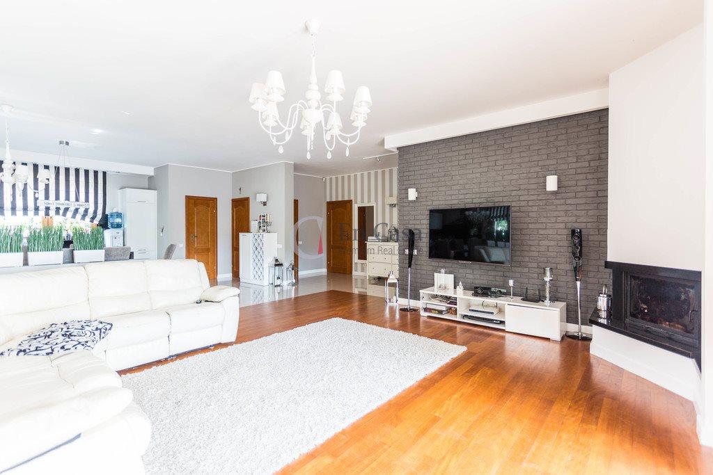 Dom na sprzedaż Urzut, Sosenki  220m2 Foto 10
