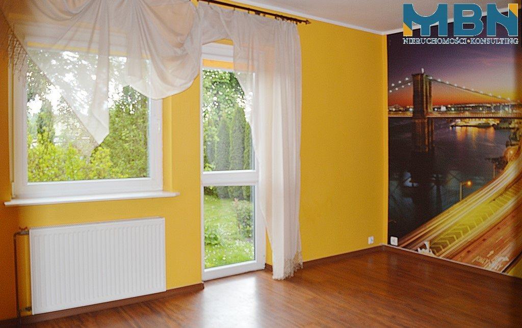 Mieszkanie trzypokojowe na sprzedaż Węgorzewo, Węgorzewo  70m2 Foto 6