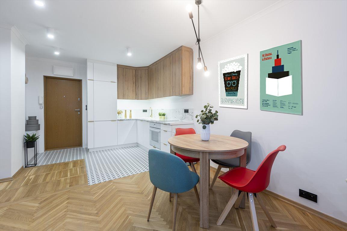 Mieszkanie dwupokojowe na sprzedaż Warszawa, Śródmieście  39m2 Foto 2