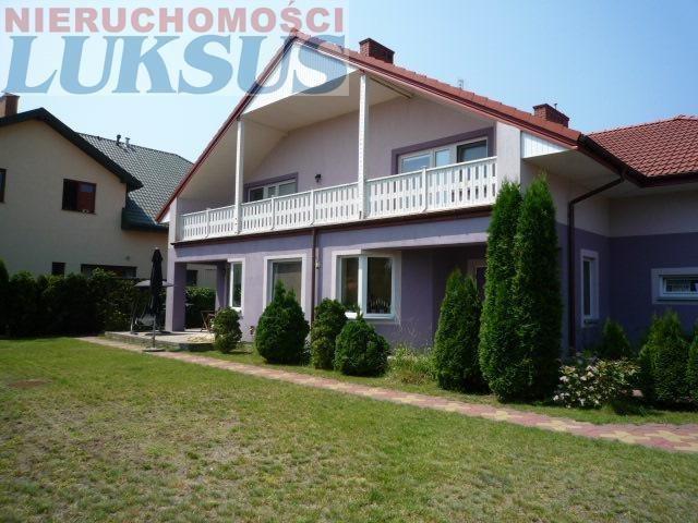 Dom na sprzedaż Łazy, Łazy  330m2 Foto 1