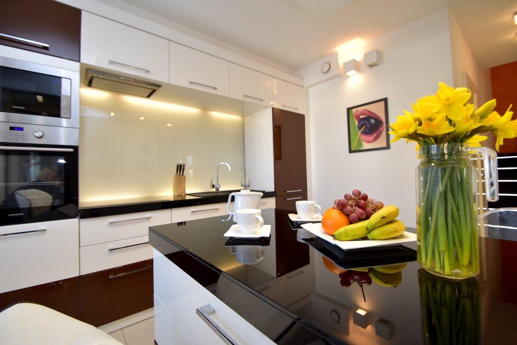 Mieszkanie czteropokojowe  na sprzedaż Katowice  100m2 Foto 1
