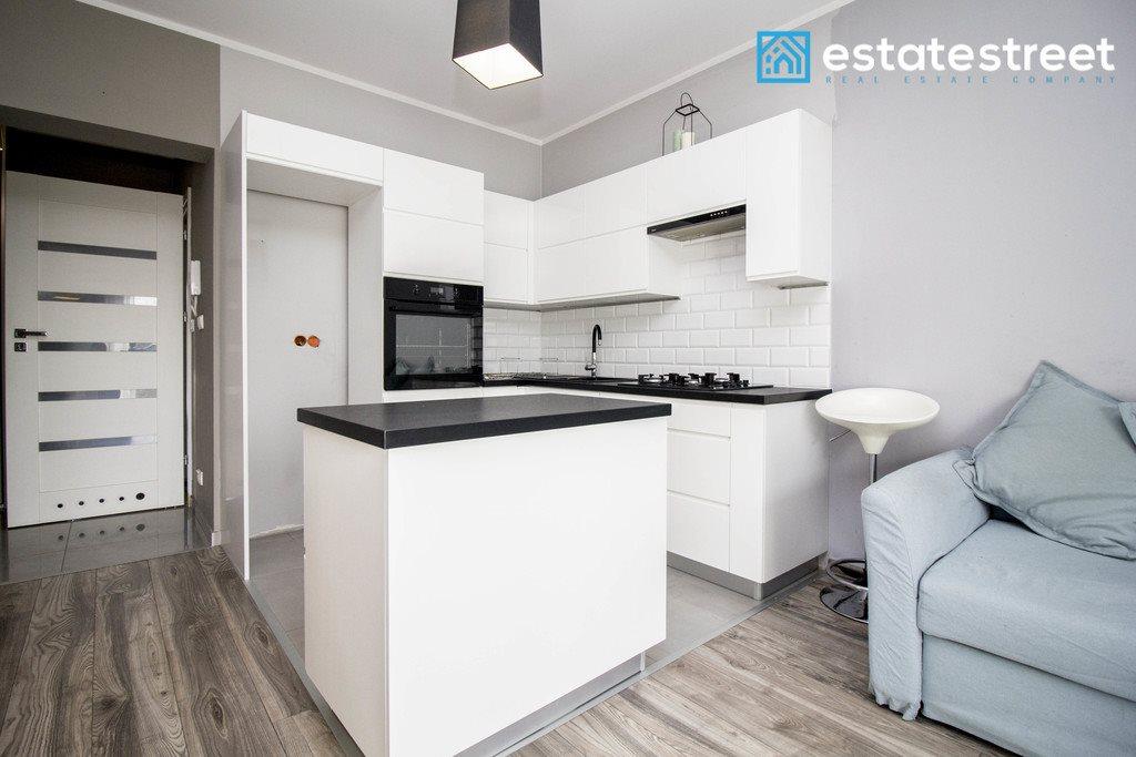 Mieszkanie dwupokojowe na sprzedaż Zakrzowiec  41m2 Foto 4