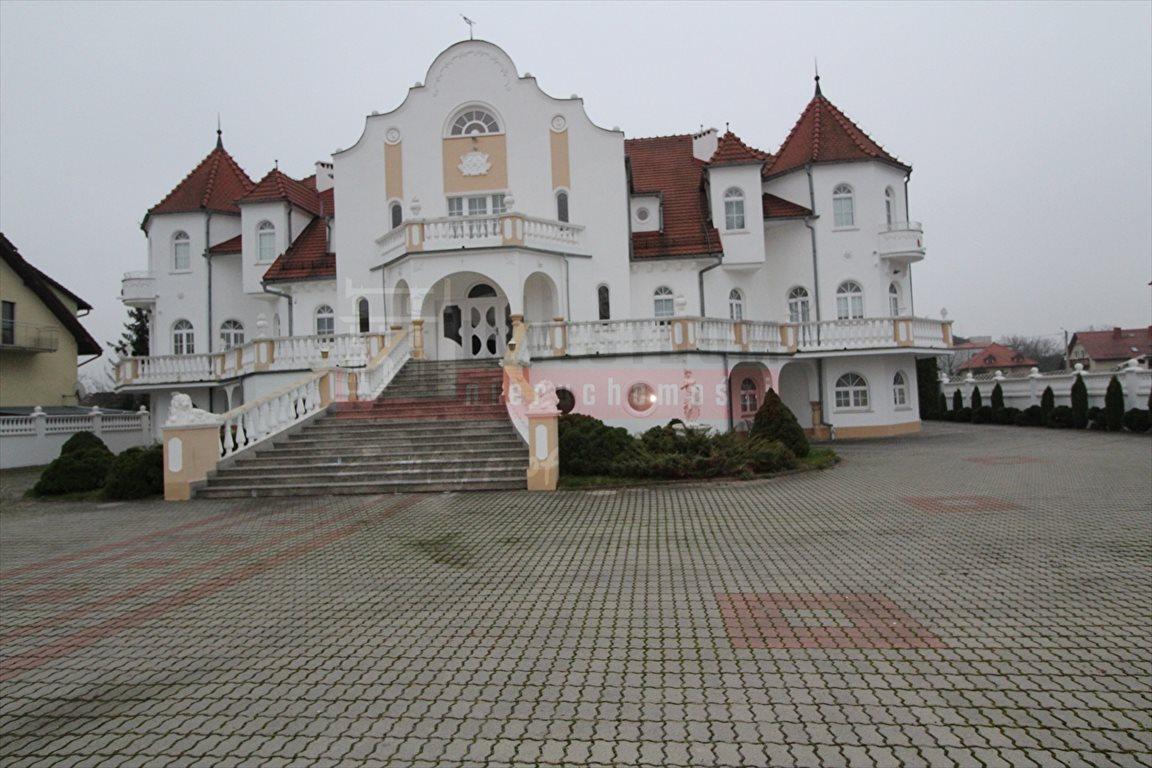 Dom na sprzedaż Opole, Zaodrze  1500m2 Foto 1