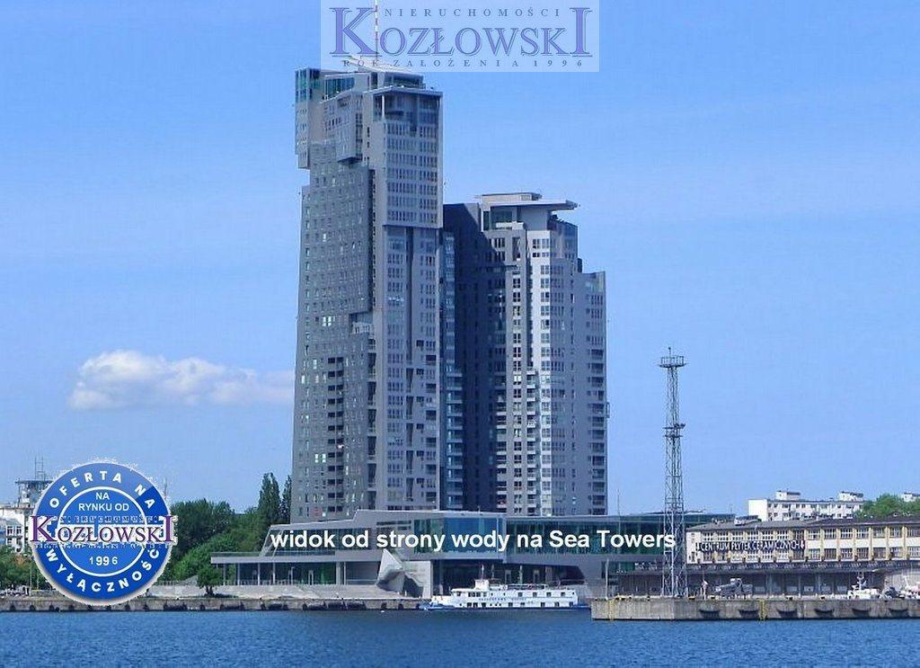 Mieszkanie trzypokojowe na wynajem Gdynia, Śródmieście, A. Hryniewickiego  78m2 Foto 1