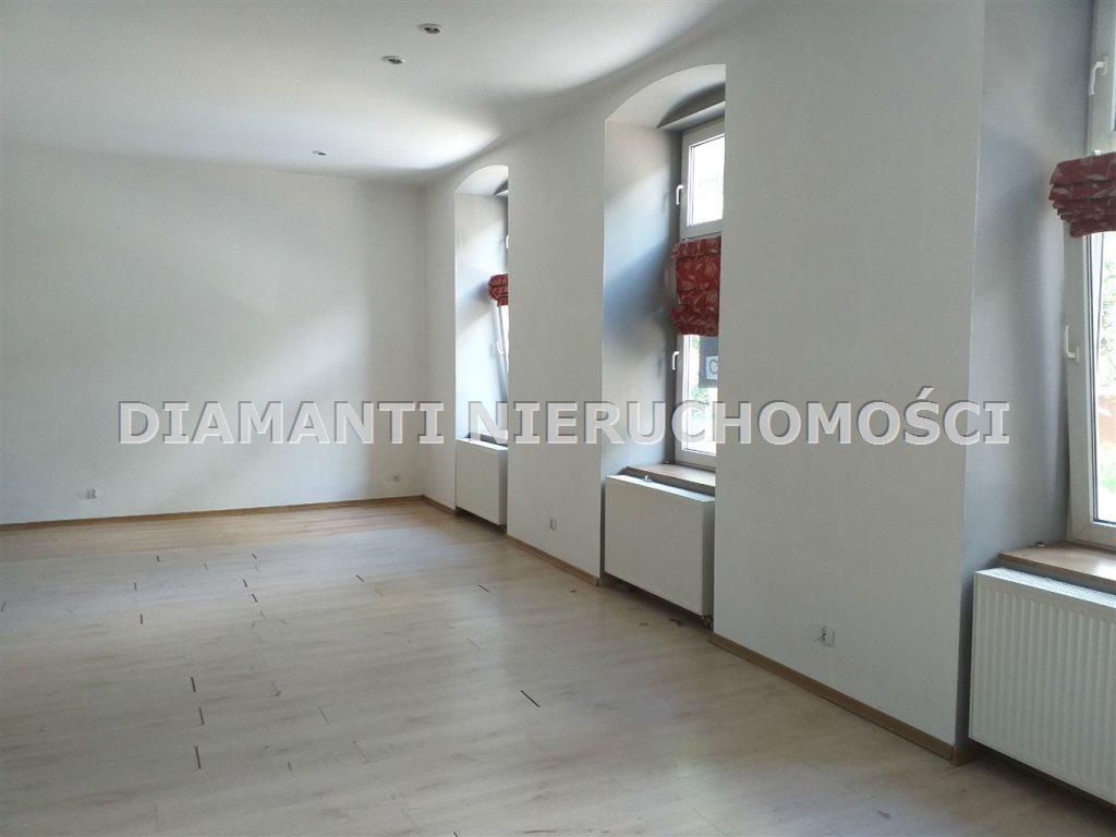 Dom na sprzedaż Bielsko-Biała  230m2 Foto 1