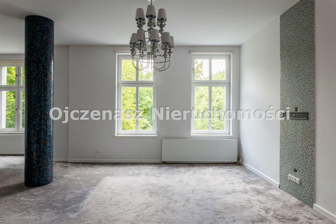 Mieszkanie czteropokojowe  na wynajem Bydgoszcz, Centrum  140m2 Foto 2
