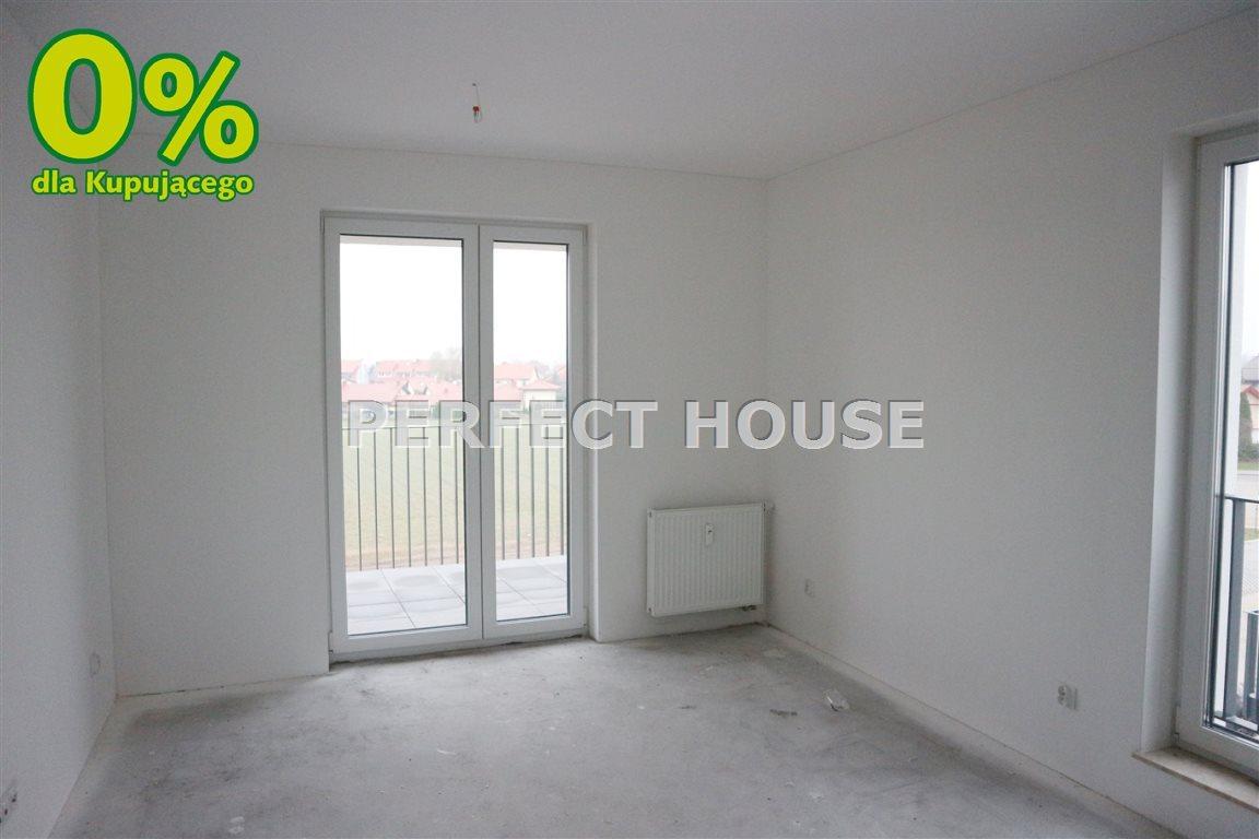 Mieszkanie dwupokojowe na sprzedaż Pobiedziska  57m2 Foto 2