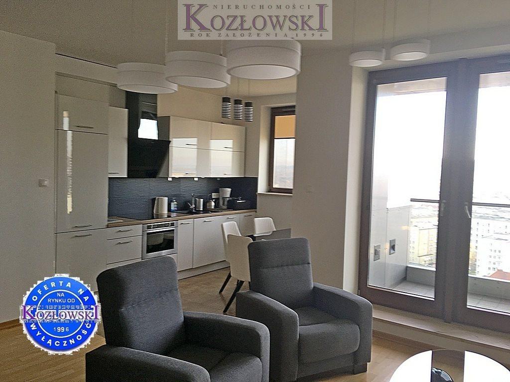 Mieszkanie trzypokojowe na wynajem Gdynia, Śródmieście, A. Hryniewickiego  78m2 Foto 5