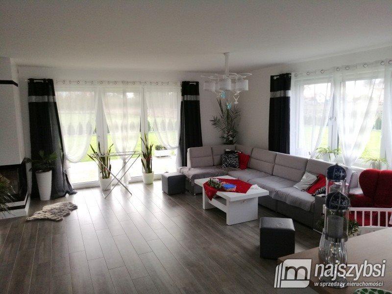 Dom na sprzedaż Nowogard, obrzeża  171m2 Foto 3
