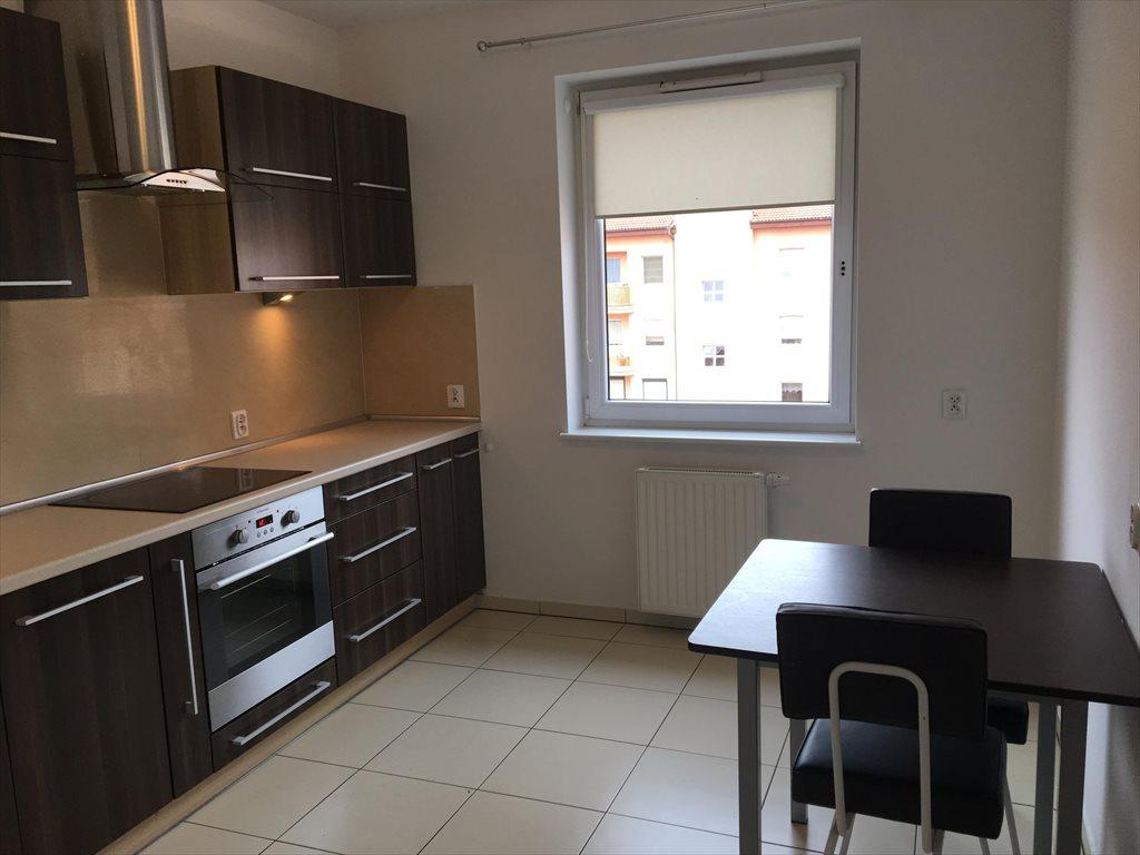 Mieszkanie dwupokojowe na wynajem Kalisz, Dobrzec  48m2 Foto 1