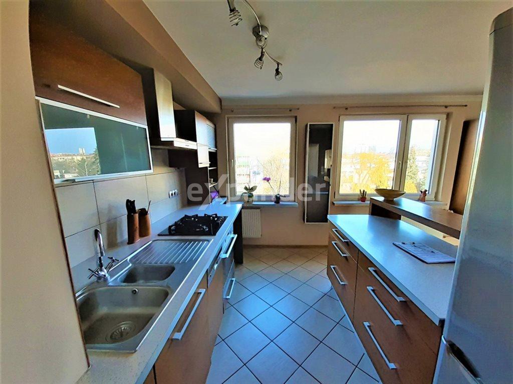 Mieszkanie trzypokojowe na sprzedaż Częstochowa  82m2 Foto 4