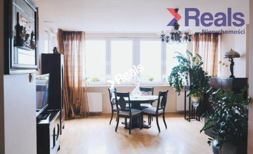 Mieszkanie trzypokojowe na sprzedaż Warszawa, Praga-Południe, Gocław, gen. Tadeusza Bora-Komorowskiego  75m2 Foto 2