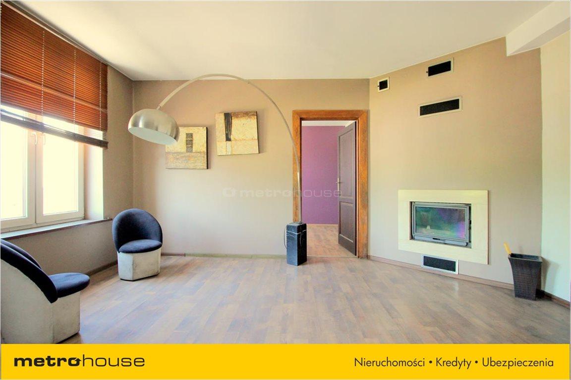 Mieszkanie trzypokojowe na sprzedaż Pabianice, Centrum, Konopnickiej  69m2 Foto 2