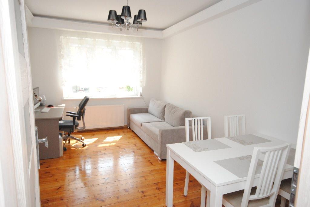 Mieszkanie dwupokojowe na wynajem Gliwice, Lutycka  60m2 Foto 6