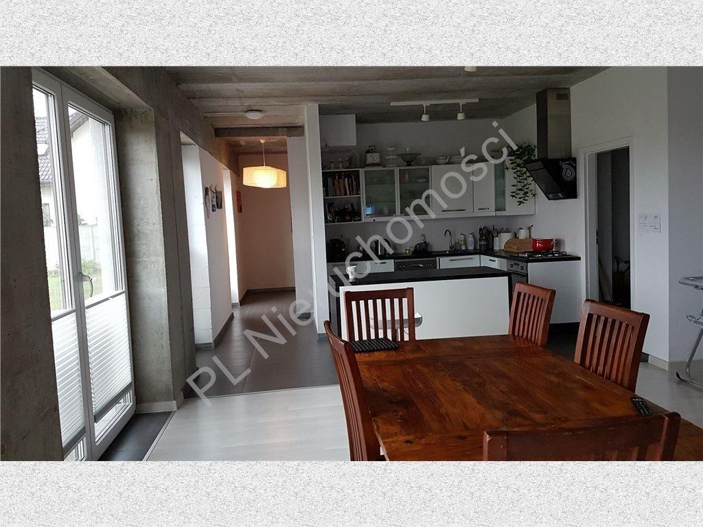 Dom na sprzedaż Ołtarzew  250m2 Foto 1