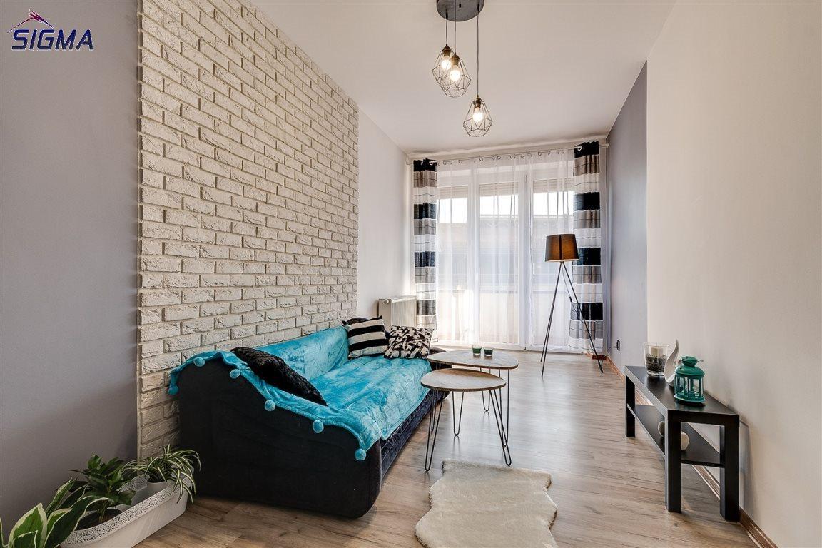 Mieszkanie dwupokojowe na sprzedaż Bytom, Centrum  53m2 Foto 1