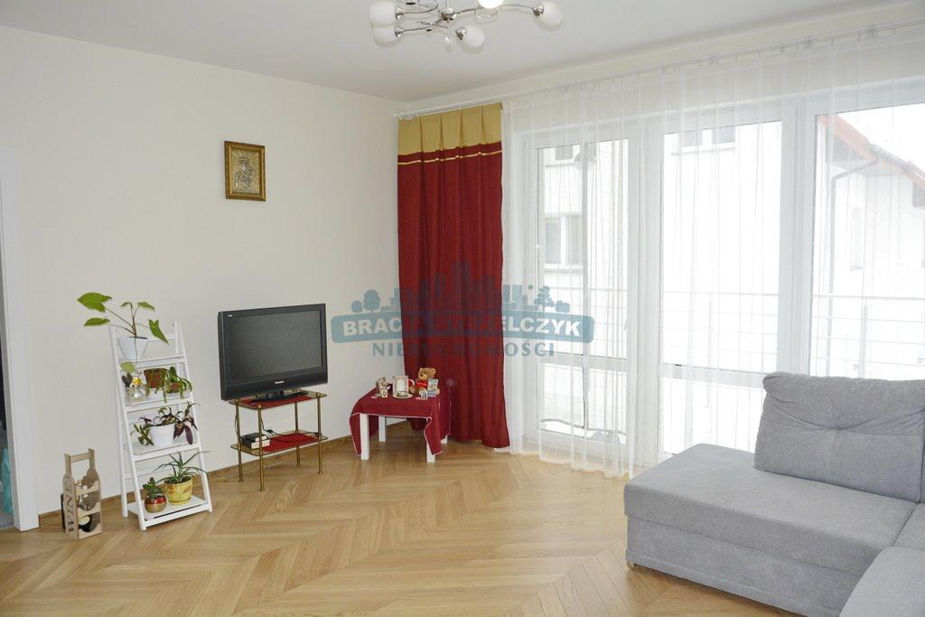 Mieszkanie czteropokojowe  na sprzedaż Marki  150m2 Foto 2