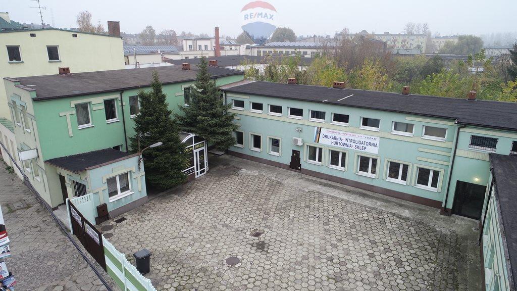 Lokal użytkowy na sprzedaż Częstochowa  560m2 Foto 1