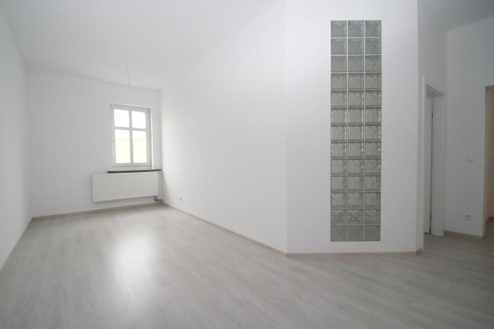 Mieszkanie trzypokojowe na sprzedaż Kluczbork, Zamkowa  79m2 Foto 5