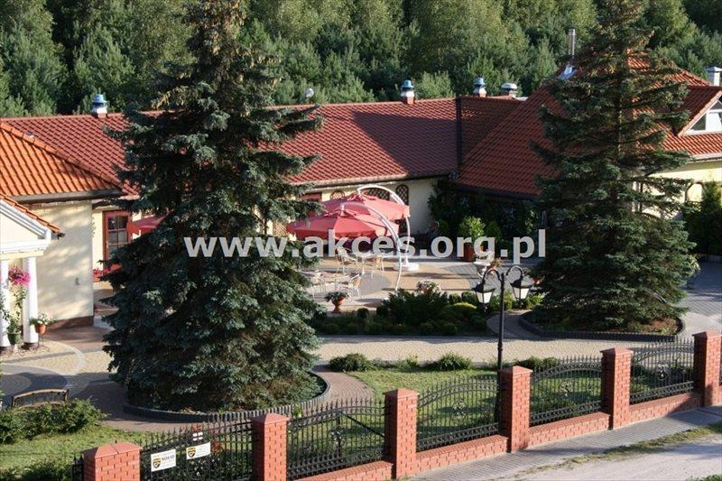 Lokal użytkowy na sprzedaż Strzeniówka  884m2 Foto 1