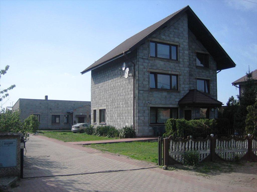 Dom na sprzedaż Namysłaki  281m2 Foto 1