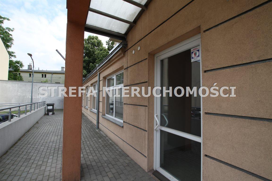 Lokal użytkowy na sprzedaż Tomaszów Mazowiecki  79m2 Foto 1