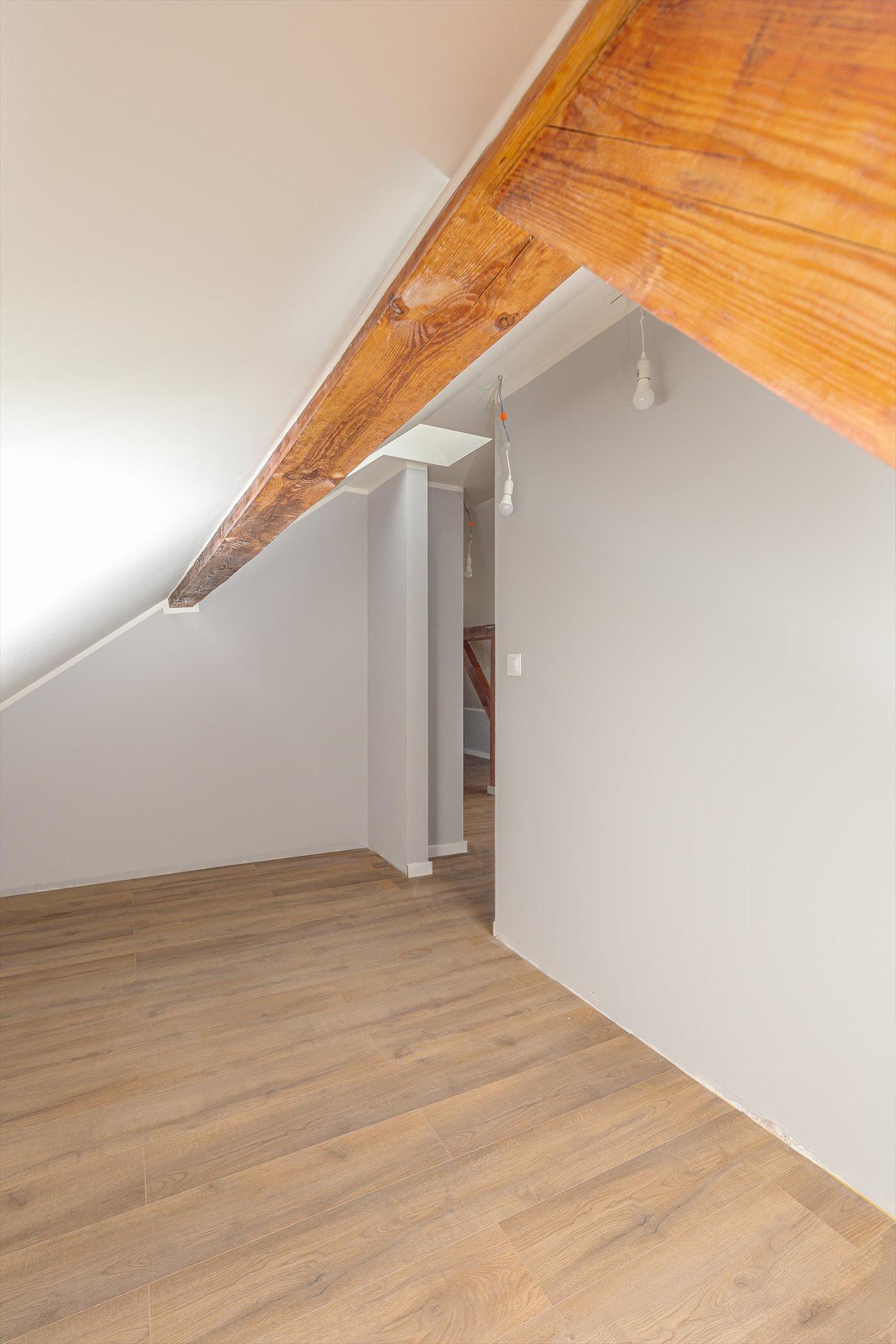 Mieszkanie dwupokojowe na sprzedaż Poznań, Grunwald, Dwupoziomowy lokal do zamieszkania, Jarochowskiego 55  31m2 Foto 7