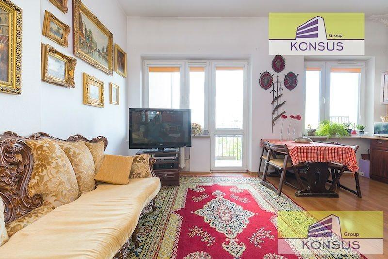 Mieszkanie czteropokojowe  na sprzedaż Kielce, Centrum  79m2 Foto 1