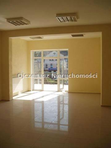 Lokal użytkowy na sprzedaż Osie  1370m2 Foto 1