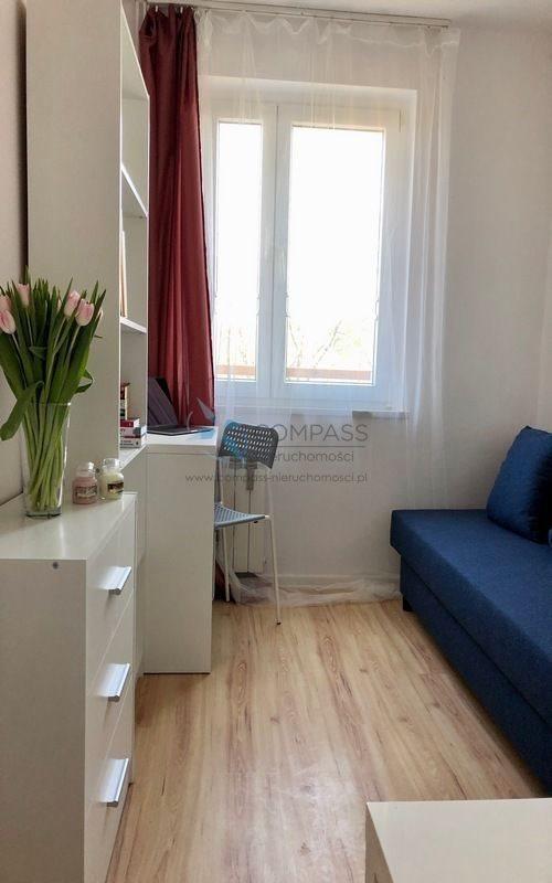 Mieszkanie czteropokojowe  na sprzedaż Poznań, Stare Miasto, Winogrady, os.Przyjaźni  54m2 Foto 3